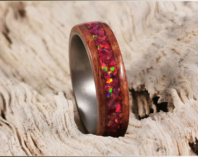 Bentwood Ring - Fiddleback Kotibe w/Carmine opal inlay, on titanium ring core