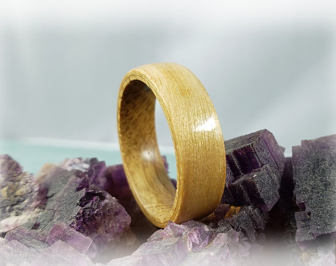 Bentwood Ring - Swiss Aspen on Whisky Barrel ring core