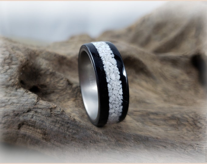 Bentwood Ring - Jet Black Tulipwood w/Howlite Stone inlay, on titanium ring core