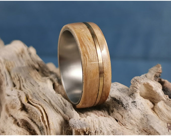 Bentwood Ring - Japanese Tomo Ash w/offset Brass Inlay, on titanium ring core
