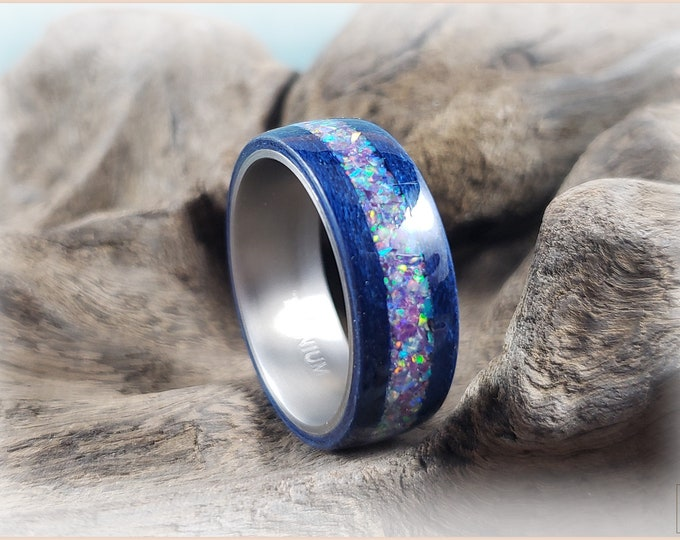 Bentwood Ring - Midnight Blue Tulipwood w/Lavender Rainbow inlay on titanium ring core