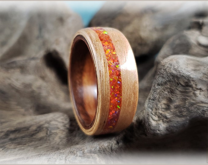 Dual Bentwood Ring - Pecan w\Mexico Fire Opal inlay, on East Indian Rosewood ring core