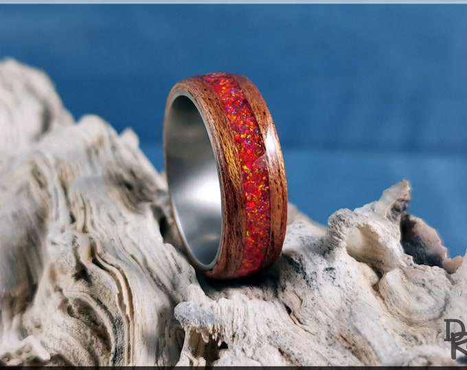 Bentwood Ring - Okoume w/Mexico Fire opal inlay, on Titanium inner core