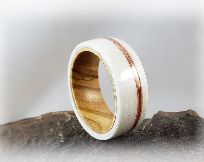 Bentwood Ring - Ice White Birdseye Maple w/offset copper inlay on Olivewood ring core