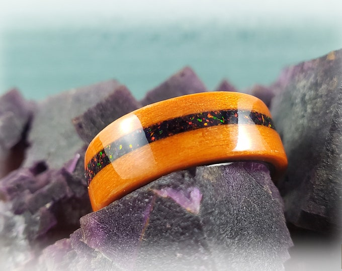Bentwood Ring - Orange Tulipwood w/Black Fire opal inlay, on polished black ceramic ring core