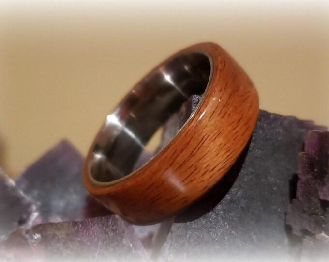 Bentwood Ring - Santos Rosewood on titanium ring core