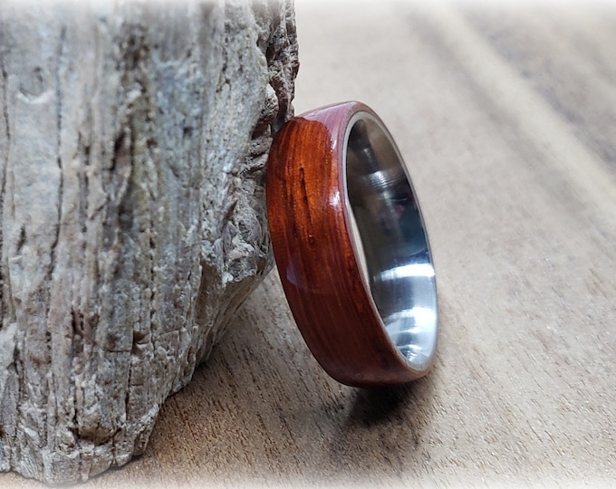 Bentwood Ring - Padauk - titanium ring core.