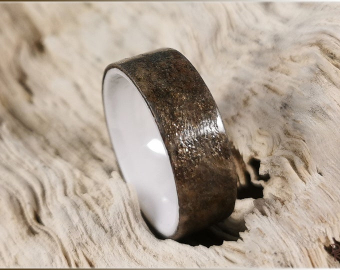 Bentwood Ring - Genuine 'Autumn Sky' Slate on polished white ceramic ring core