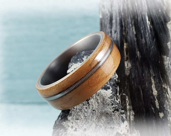 Bentwood Ring - Curly Cherry w/guitar string inlay on titanium ring core