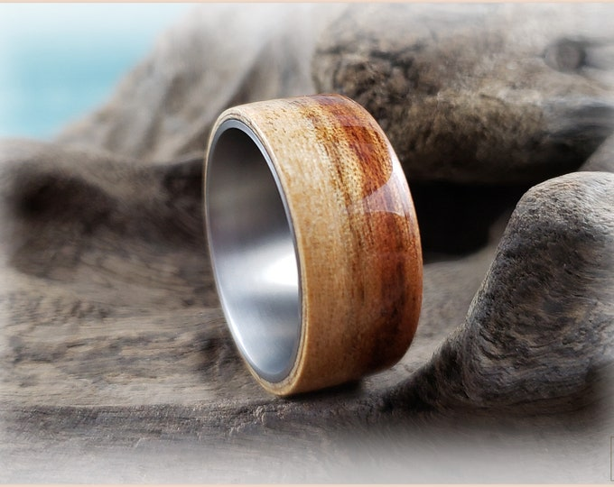 Bentwood Ring - Figured Camphor on titanium ring core - Wood Ring