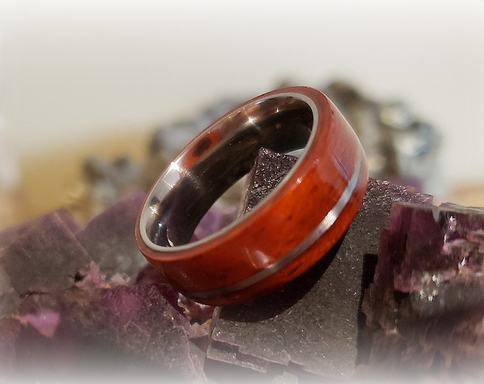 Bentwood Ring - Padauk w/offset silver inlay on titanium core