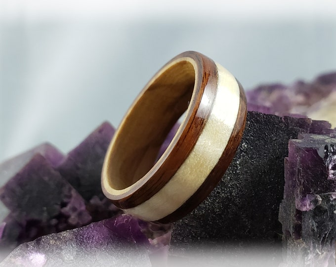 Bentwood Ring - Santos Rosewood w/Fiddleback Sycamore wood inlay on Olivewood ring core