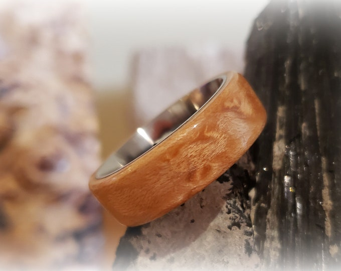 Bentwood Ring - Birdseye Maple - Size 11, 8mm titanium ring core, wedding band, wood ring, hand made, artisan.