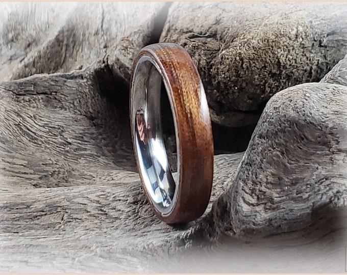 Bentwood Ring - Mangowood on 4mm stainless steel core