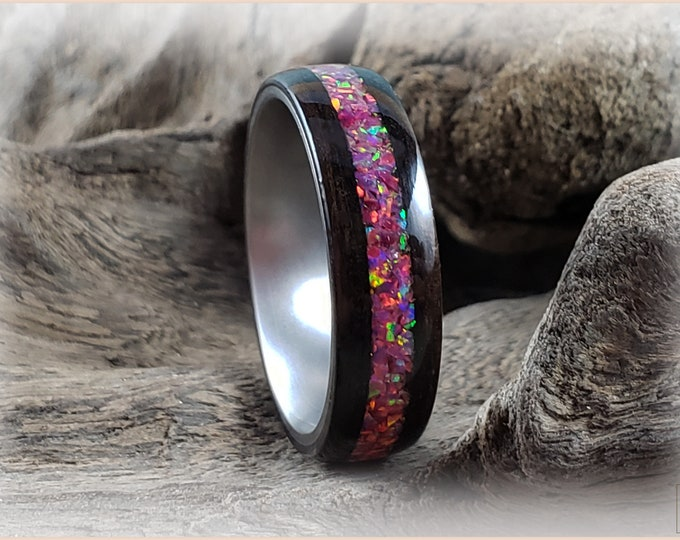 Bentwood Ring - Smoked Eucalyptus w/Carmine Opal inlay, on Titanium ring core