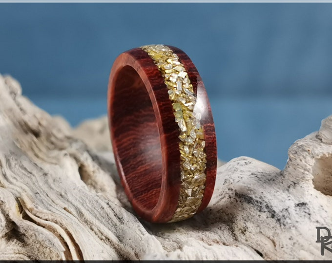 Sandalwood 6mm Wood Ring w/Crushed Gold Glass inlay