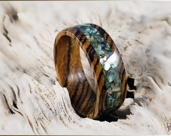 Bocote 8mm Wood Ring w/Abalone Shell inlay