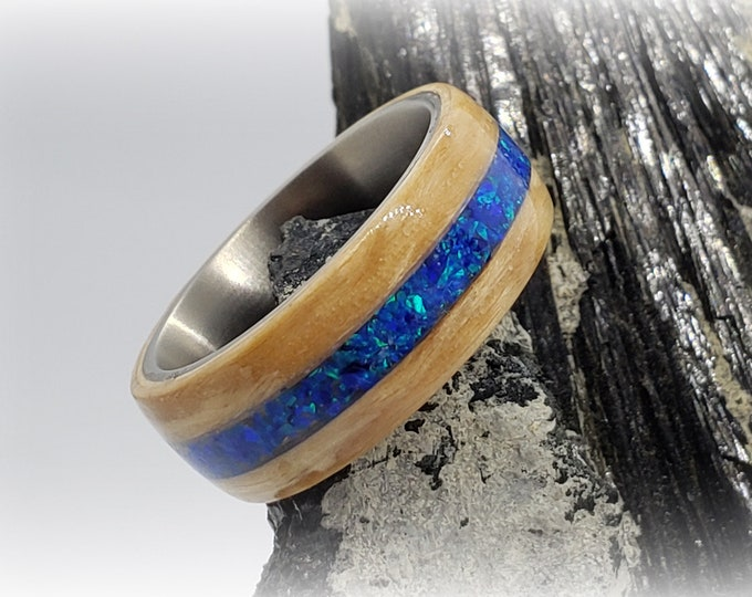 Bentwood Ring - Karelian Birch w/Sleepy Blue opal inlay, titanium ring core.