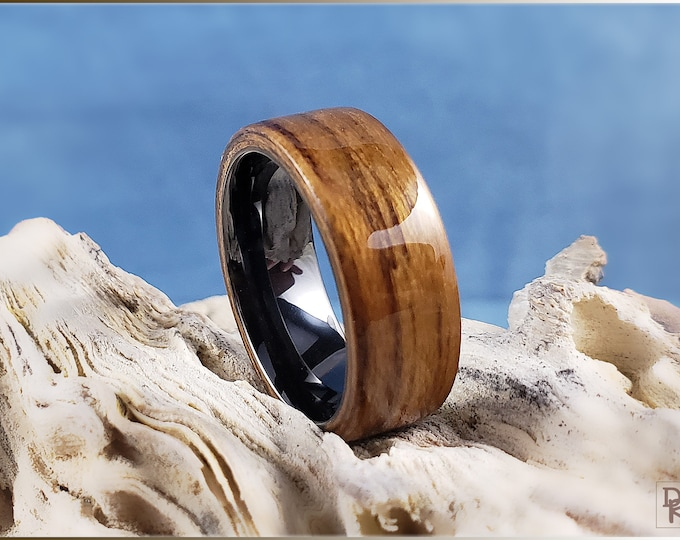 Bentwood Ring - Striped Teak on polished black ceramic ring core