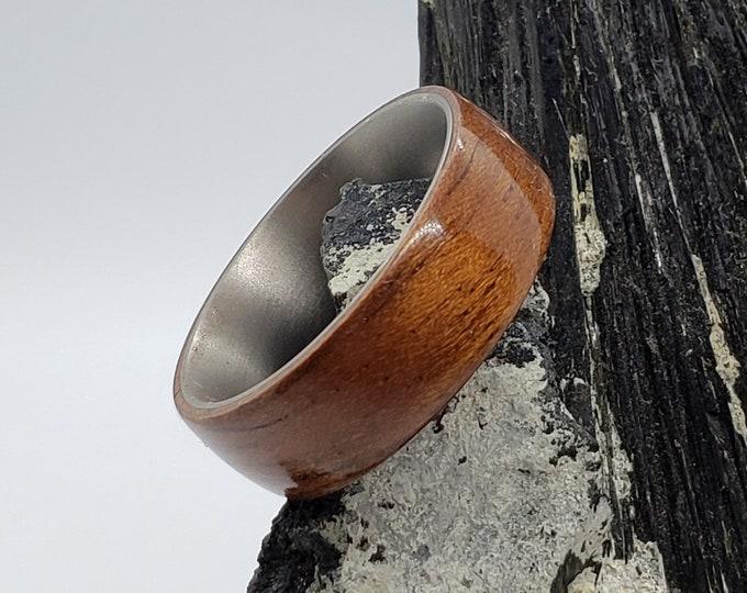 Bentwood Ring - Etimoe - titanium ring core.