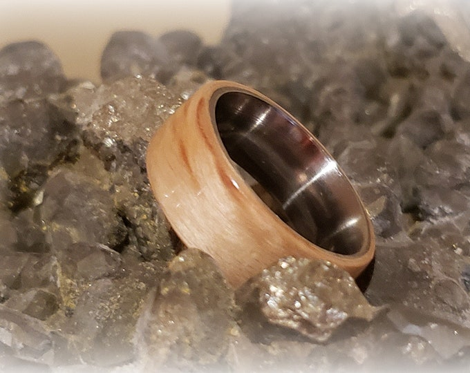 Bentwood Ring - Karelian Birch - Size 8.5 on 8mm titanium ring core