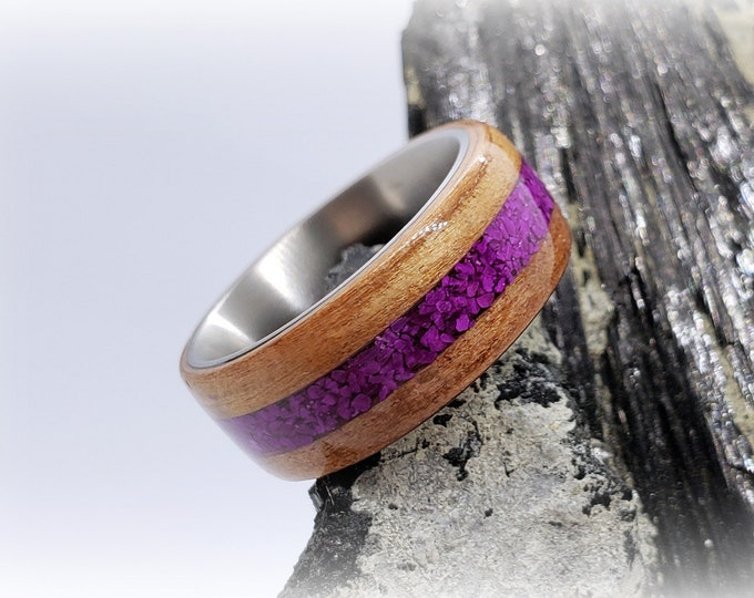 Bentwood Ring - Tineo w/Sugilite inlay, titanium ring core.