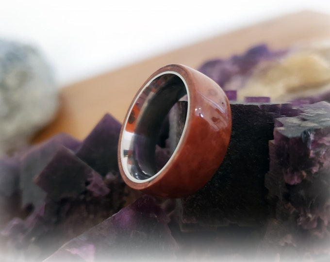 Bentwood Ring - Madrona Burl - Size 7 on 8mm titanium ring core