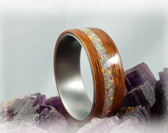 Bentwood Ring - Pao Rosa w/offset Sun and Ice Opal inlay, on titanium ring core