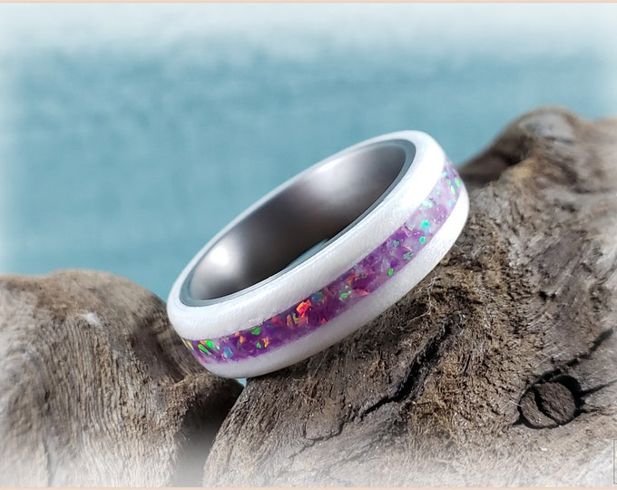 Bentwood Ring - Ice White Birdseye Maple w/Lavender Sparkle opal inlay on titanium ring core