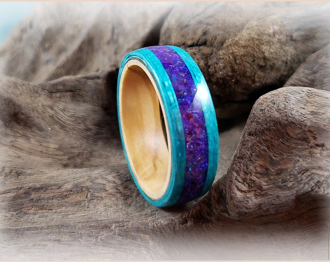 Bentwood Ring - Ocean Blue Koto w/Waterlily Opal inlay on Olivewood core