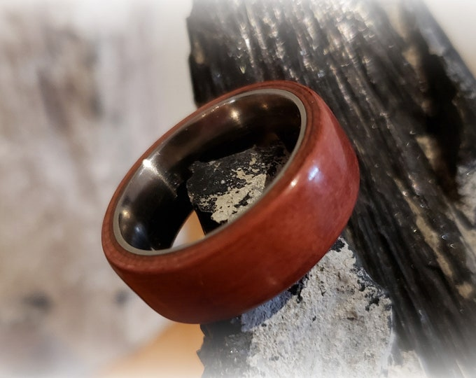 Bentwood Ring - Plum Wood - titanium ring core.