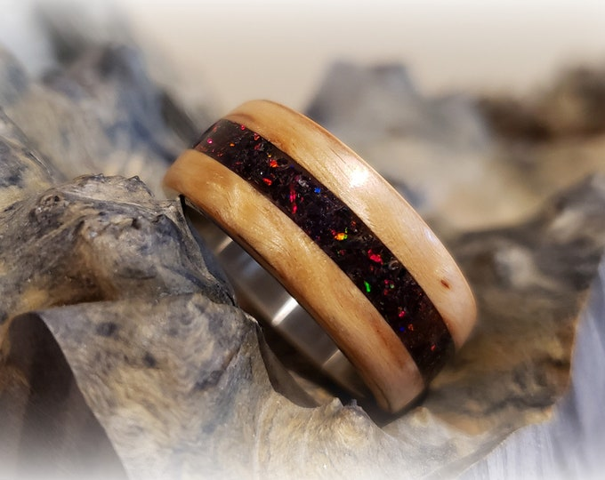 Bentwood Ring - Karelian Birch w/Black Fire opal inlay, titanium ring core.