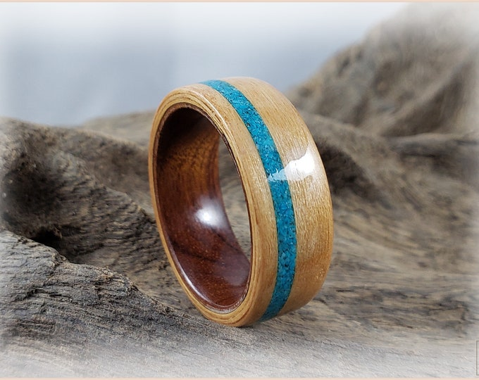 Bentwood Ring - Alder Wood w/offset Bisbee Turquoise inlay on Ironwood ring core