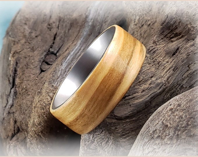 Bentwood Ring - Olivewood on titanium ring core