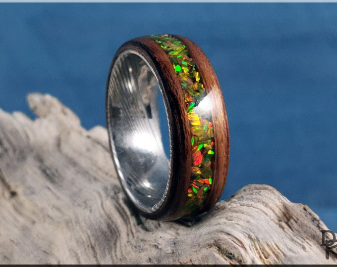 Bentwood Ring - Striped Teak w/Multi Olive Opal inlay, on Damascus Steel ring core
