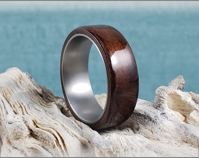 Bentwood Ring - Fumed Larch on titanium ring core - Wood Ring