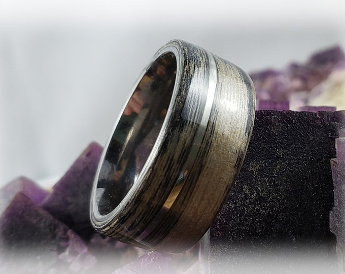 Bentwood Ring - Harborica w/offset silver inlay on titanium ring core