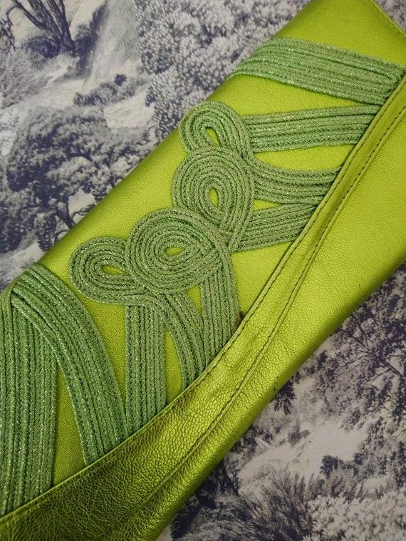Zingy metallic lime green 80s clutch/evening bag w