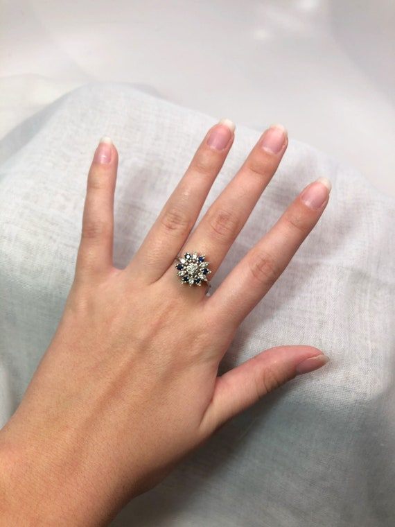 Vintage Diamond and Sapphire Ring - image 4