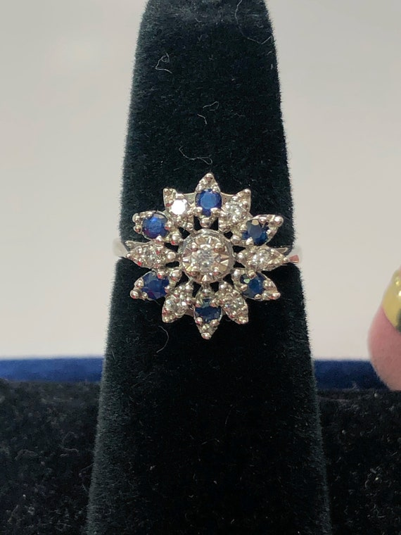 Vintage Diamond and Sapphire Ring - image 1
