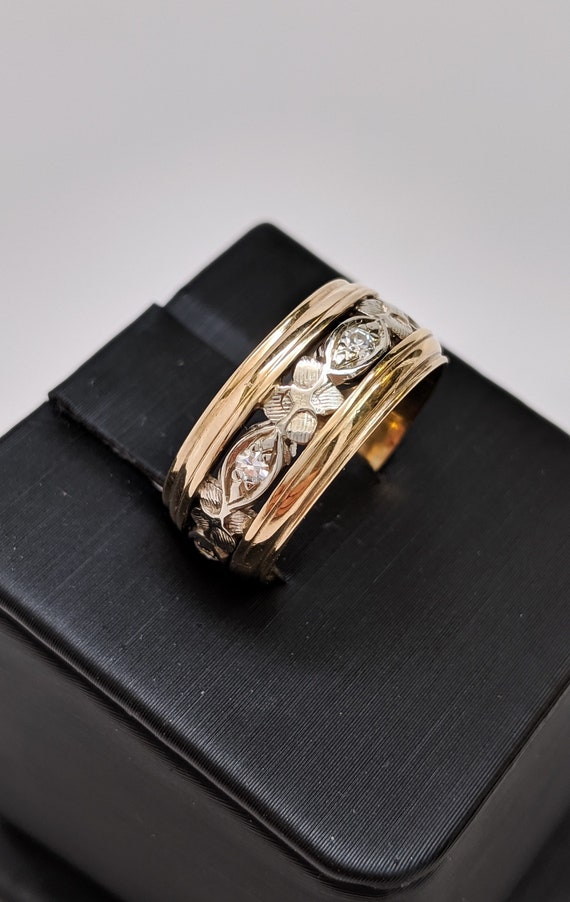 Vintage Two Tone Band
