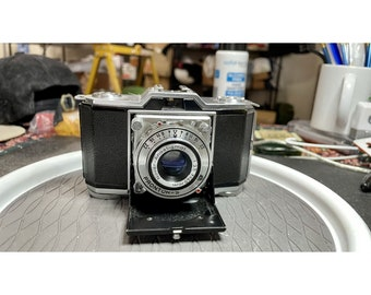 FILM TESTED Ikonta 522/24 35mm Folder Film Camera 45mm f3.5