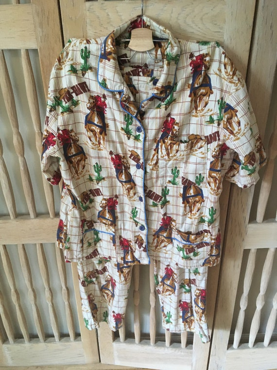 Western Print Short Sleeve Pajama Set (Large)