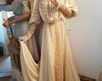c2e606e2122 Victorian dresses