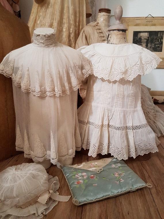 Cute little girl dress in white cotton. Antique d… - image 5