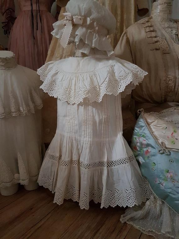 Cute little girl dress in white cotton. Antique d… - image 1