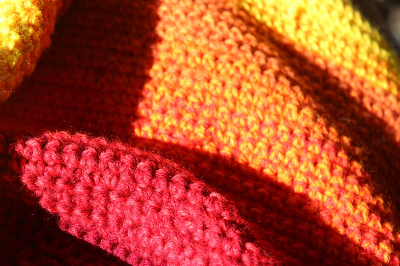 throw rug thick blanket, afghan Rainbow colour fade