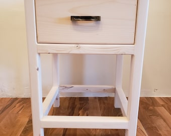 Farmhouse End Table with Drawer