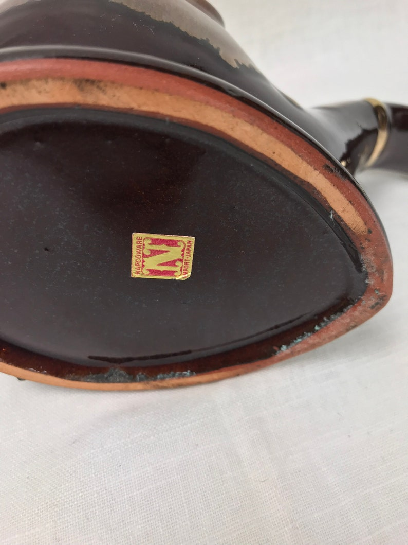 Beautiful Vintage Napco Red Ceramic Hand Painted Pipe Ashtray with a Hint of Gold Trim Housewarming Gift Man Cave Gift Great Collectible
