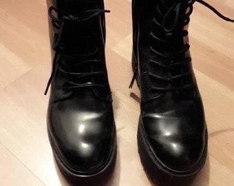 a5c643d9ab0 Bottes de style Doc Martens !